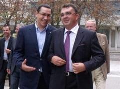 Antonescu si Ponta, distinctii din partea baronilor locali