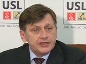 Antonescu si Ponta isi acuza adversarii: Imbecili si oameni fara minte (Video)