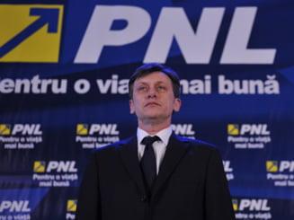 Antonescu si-a anuntat oficial candidatura la presedintia PNL