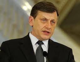 Antonescu spulbera speculatiile: Nu-l pun pe Basescu premier