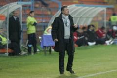 """Antrenorul Otelului si-a varsat nervii pe propriul portar: """"Are 3 metri si a luat un asemenea gol"""""""
