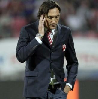 Antrenorul lui Dinamo, terfelit de Becali