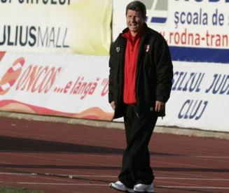 """Antrenorul lui Dinamo a rabufnit: """"O rusine!"""""""