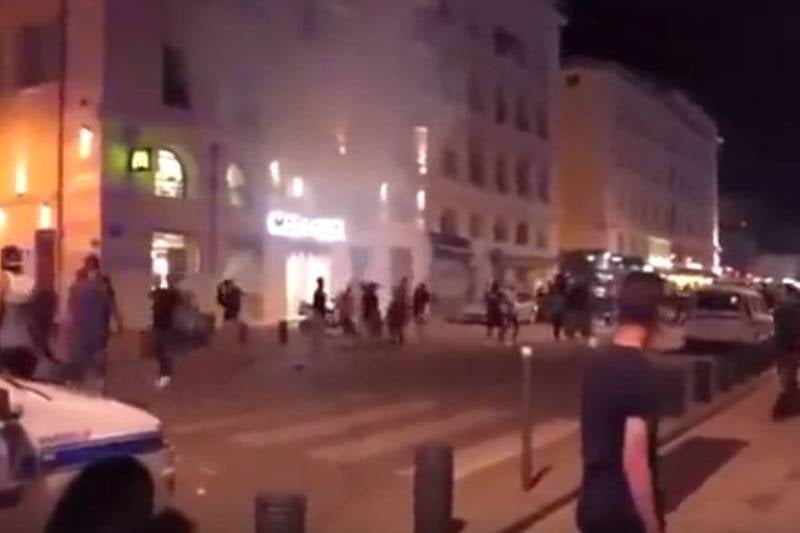 Anunt oficial din Franta: 323 de suporteri retinuti in timpul EURO 2016