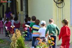 Anunt pentru parinti: Nu sunt necesare analize la inscrierea copiilor la gradinita sau scoala