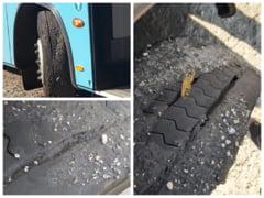 Anvelopele autobuzelor care circula pe linia de tramvai in Bucuresti, distruse de mastic. Problema a aparut dupa ce Gabriela Firea si-a pus ideea in practica