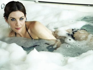 Apa calda poate fi la fel de buna ca dragostea