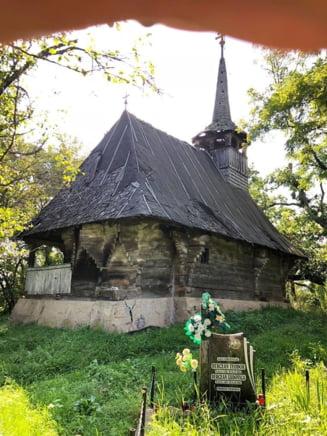 Apel pentru salvarea unei biserici de lemn din Salaj. Printul Charles sprijina financiar demersul