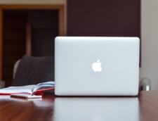 Apple a premiat doi romani pentru ca au semnalat o problema de securitate