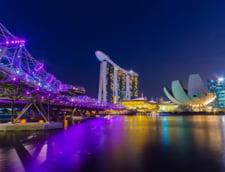 Apple deschide un magazin plutitor in Singapore. Printr-un tunel subacvatic se poate ajunge intr-un mall