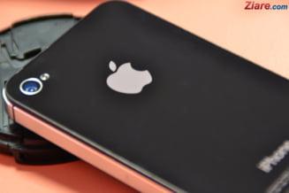 Apple ofera pana la 200.000 de dolari celor care descopera probleme de securitate la produsele sale