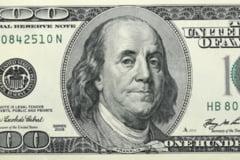 Aprecierea dolarului va stimula inflatia