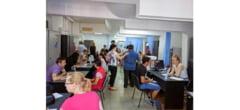Aproape 200 de buzoieni, prezenti la Bursa locurilor de munca a AJOFM din 15 iulie
