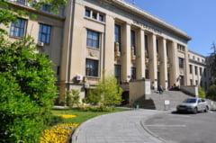 Aproape 34.000 de candidati inscrisi la admiterea la studii de licenta la Universitatea din Bucuresti. Este cel mai mare numar din ultimii patru ani