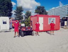Aproape 800 de turisti au avut nevoie de asistenta medicala, pe plaja, in luna iulie