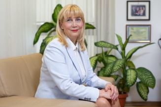 """Aproape 90% dintre studentii de la Universitatea de Medicina din Cluj s-au vaccinat anti COVID. Rectorul Anca Buzoianu: """"Nu putem sa riscam sa-i lasam langa pacienti"""""""