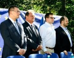 Ar fi putut Opozitia face mai mult in 2013? - Interviu cu Mircea Kivu