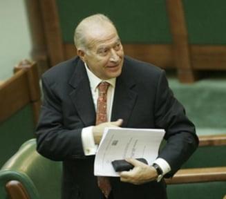 Ar trebui revocat Voiculescu din functia de vicepresedinte la Senat? - Sondaj Ziare.com