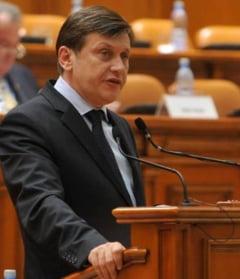 Ar trebui sa demisioneze Crin Antonescu, asa cum a promis? - Sondaj Ziare.com
