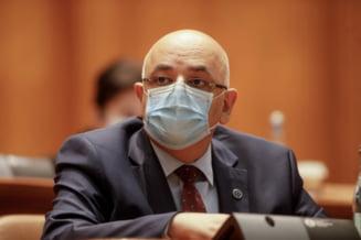 Arafat anunta ca aglomeratia din spitale va continua, desi numarului de infectari este in scadere