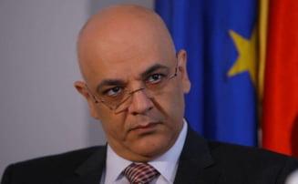 Arafat spune ca implementarea sistemului AML costa sub un milion de euro. STS spunea ca 28 de milioane de euro