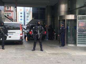 Arestari la Brasov, dupa perchezitiile de joi: Romanii care furau de pe carduri in SUA, prinsi cu ajutorul Secret Service