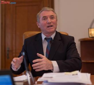Argumentele lui Augustin Lazar pentru suspendarea procedurii de revocare din functia de procuror general
