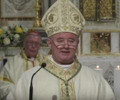 Arhiepiscopul Aurel Perca: Va fi un Paste cu biserici goale, dar vestea finala va fi aceeasi - Hristos a inviat!
