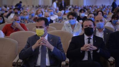 Aroganța scandaloasă numită congresul PNL. Ce restricții pandemice sunt călcate în picioare cu obrăznicie pentru ciolanul intern