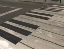 Arta pe trecerile de pietoni din Craiova - doi studenti dau viata zebrelor