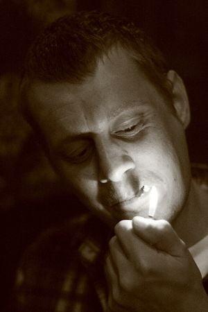 Arterele fumatorilor imbatranesc de doua ori mai repede