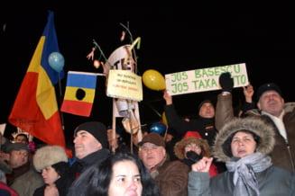 Artistii, despre proteste: Imi vine sa imi tai mana cu care l-am votat pe Basescu