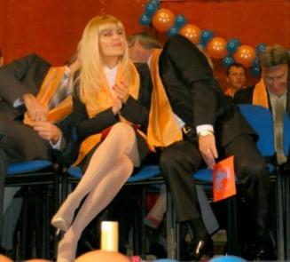 Asa a fost linsata Elena Udrea