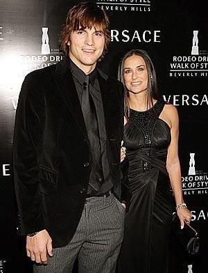 Ashton Kutcher, pus la cura de slabire de Demi Moore