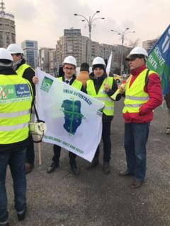 Asociatii civice: Guvernul ne-a spus ca toate autostrazile din Romania vor fi in curand cu taxa