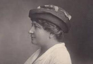 Astazi despre prima femeie chirurg din Romania si totodata medicul curant al reginei Maria: Marta Trancu-Rainer