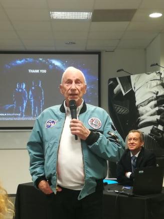 Astronaut de pe Apollo 15: Noi suntem cea mai mare amenintare pentru Pamant. In 1.000 de ani trebuie sa plecam in Univers