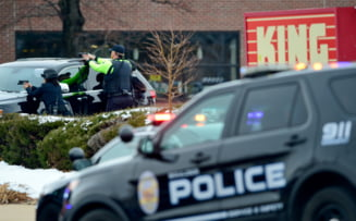 Atac armat comis de la volanul unei masini, in SUA. O persoana a murit si 12 au fost ranite