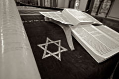 Atac armat la o sinagoga din California, de Pastele evreiesc: Un mort si trei raniti - Atacatorul a fost arestat