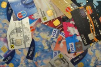 Atac dur la adresa comisioanelor pentru carduri: Sunt excesive si nu reflecta costurile