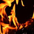 Atac in stil mafiot in prag de Craciun, la Galati: O masina de lux a fost incendiata (Video)