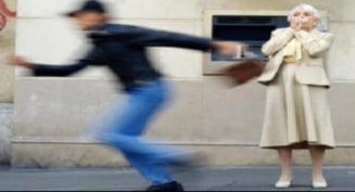 Atacuri in serie, in plina strada, la Timisoara. Femei au cazut prada talharilor