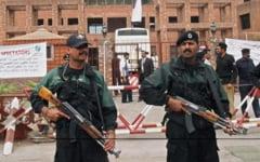 Atacuri in serie in Pakistan: 16 morti