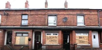 Atacuri rasiste asupra imigrantilor romani in Belfast