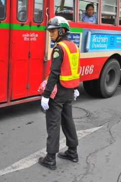 Atentat cu bomba la un spital din Thailanda: Zeci de oameni au fost raniti in explozie
