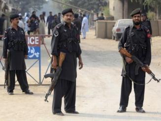 Atentat intr-o piata din Pakistan: 14 morti