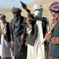 Atentat sangeros in Afganistan. O bomba a aruncat in aer un autobuz plin cu calatori
