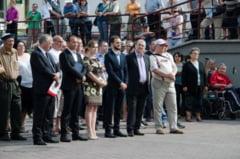 Atmosfera derizorie la intalnirea cu cetatenii a fostului primar al Onestiului, Laurentiu Neghina