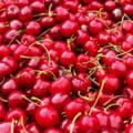 Au aparut primele cirese de mai in pietele din Bucuresti, la un pret ce iti taie pofta