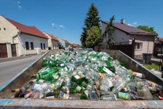 Au fost colectate aproape 50 de tone de sticla